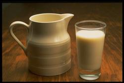 Молоко, полумолоко и совсем не молоко